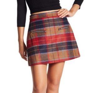 HARLOWE & GRAHAM Fall Plaid Wool Blend Mini Skirt